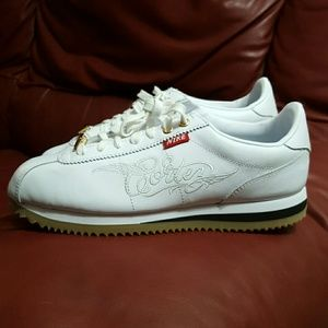 NWOT NIKE CORTEZ CTOON MR. CARTOON SHOES